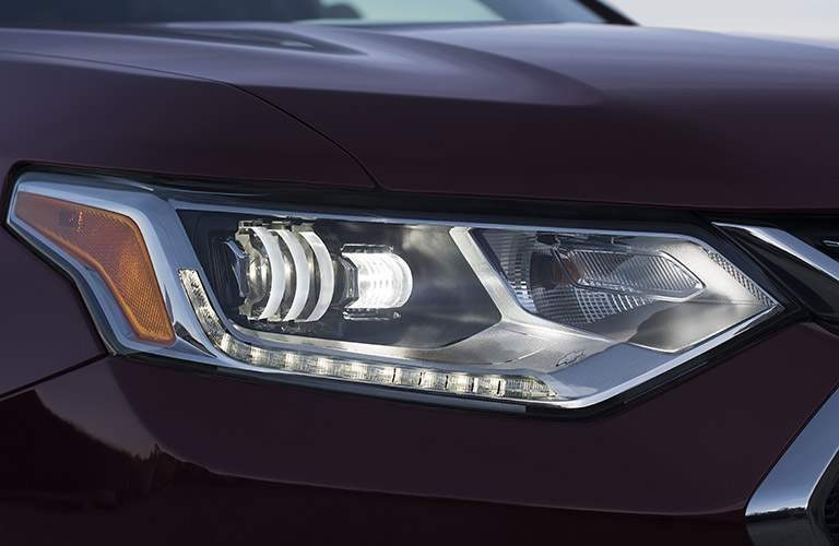 2018 traverse headlight design