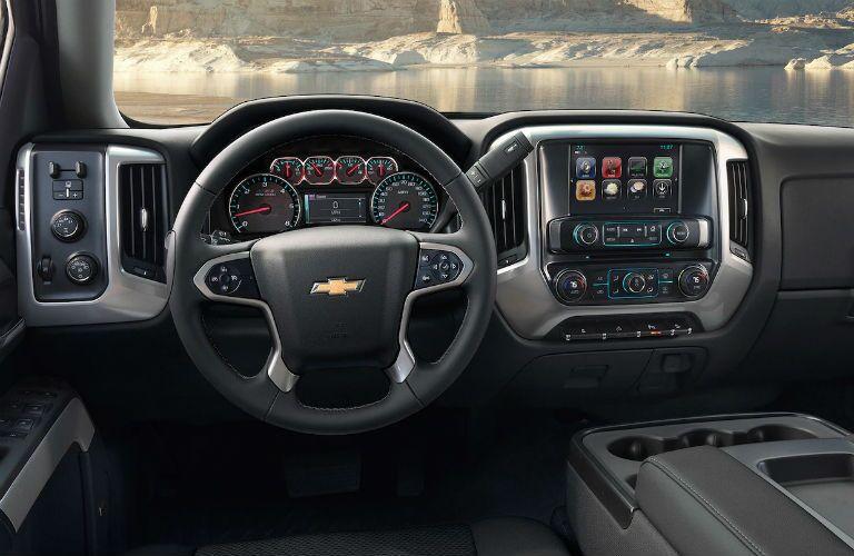 cockpit of 2019 silverado 2500