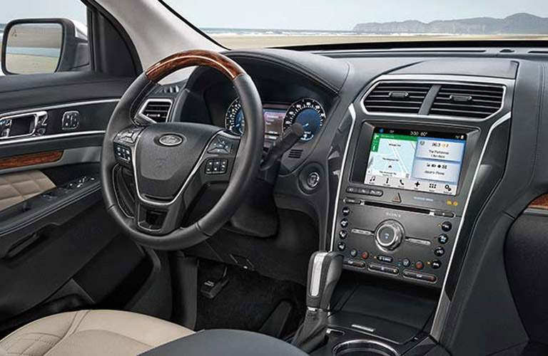 2017 Ford Explorer dashboard overview
