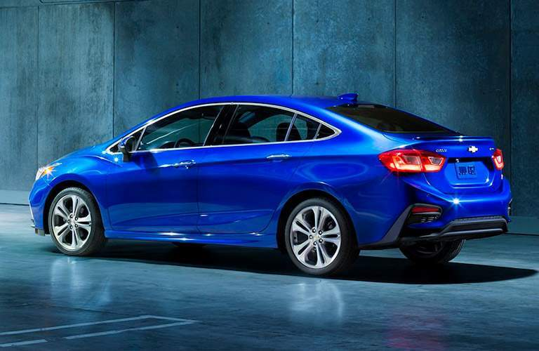 2018 Chevy Cruze exterior in bright blue