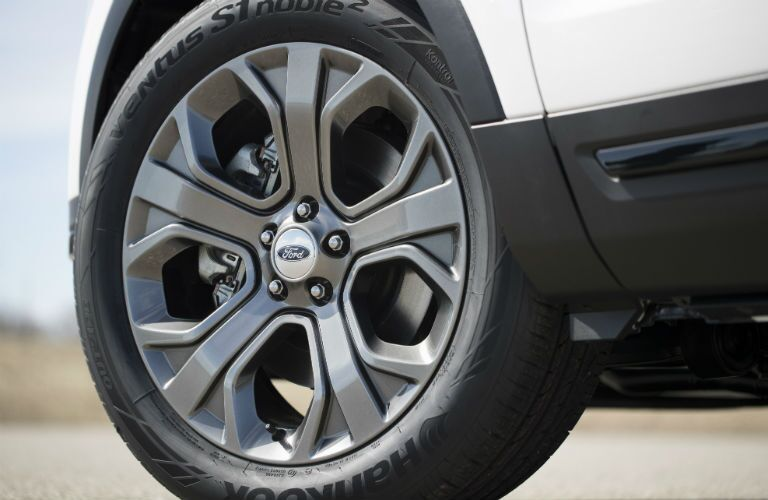 2018 Ford Explorer rear tire