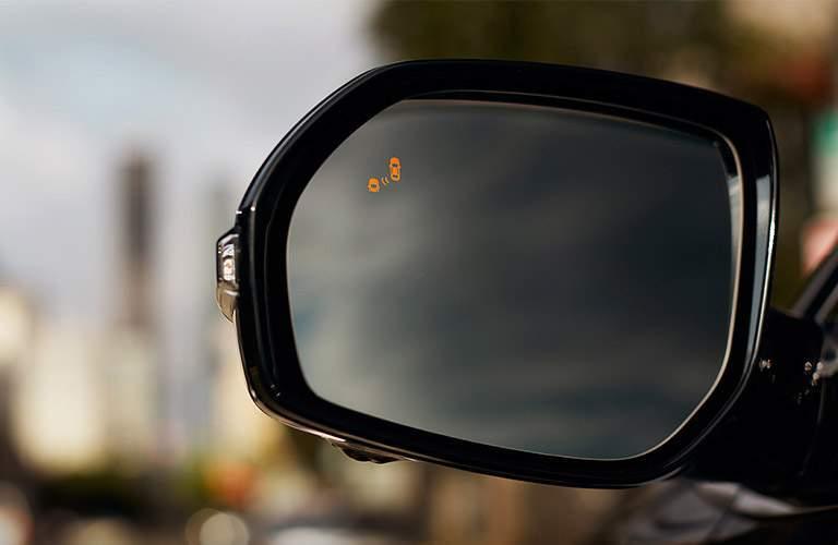 2018 Hyundai Santa Fe available blind-spot monitor