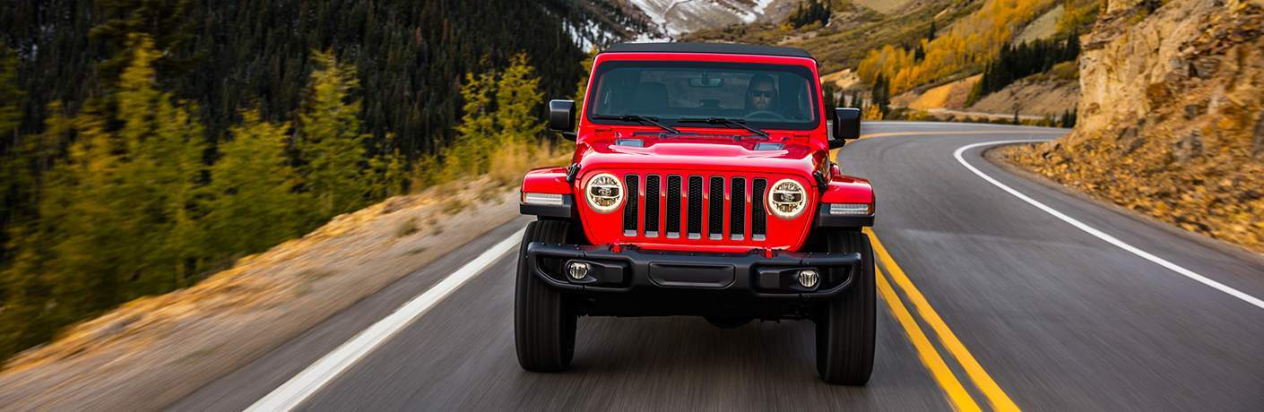 2018 Jeep Wrangler front grille and headlights in red