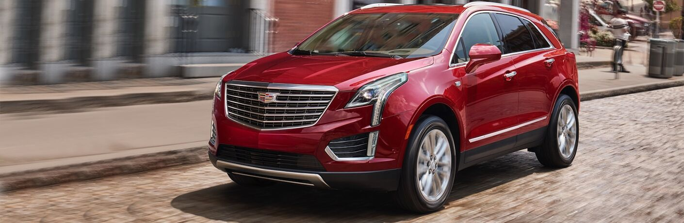 2019 Cadillac XT5 exterior and front fascia in red