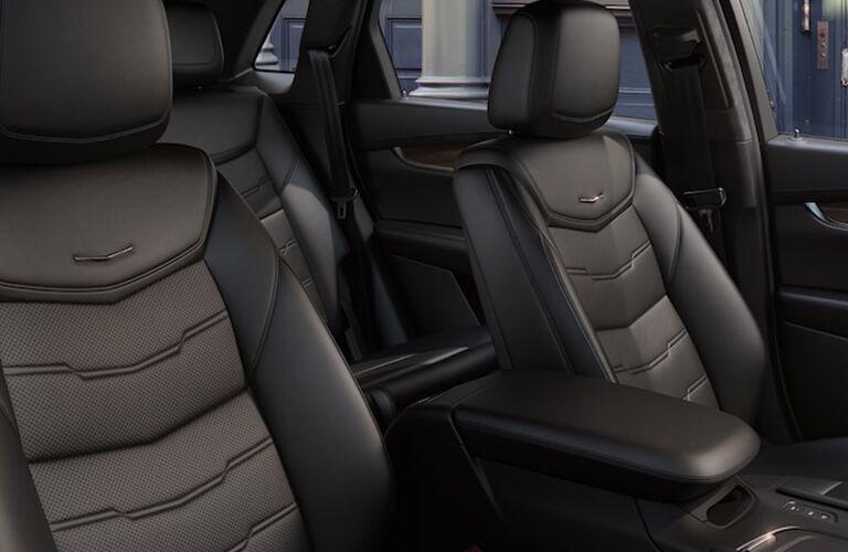 2019 Cadillac XT5 front seats