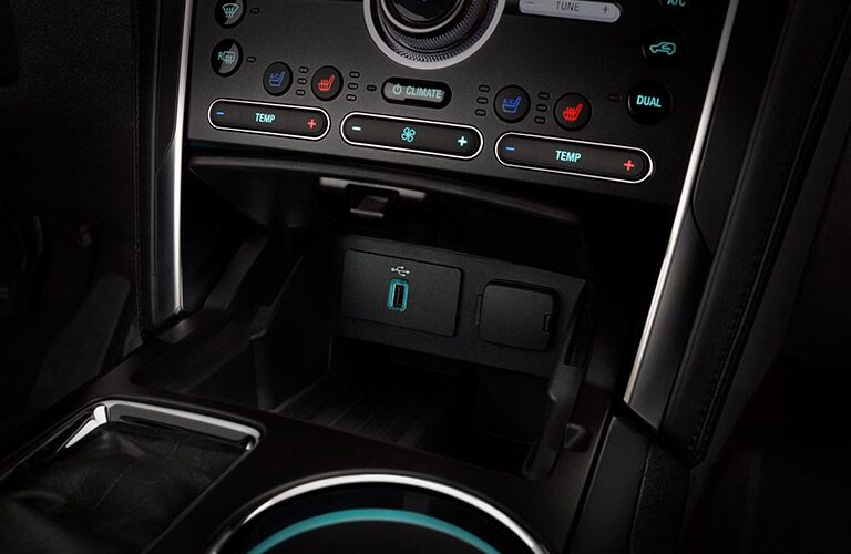 2019 Ford Explorer driver controls