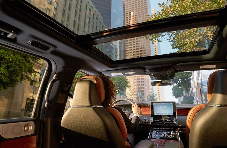 2019 Lincoln Navigator sunroof