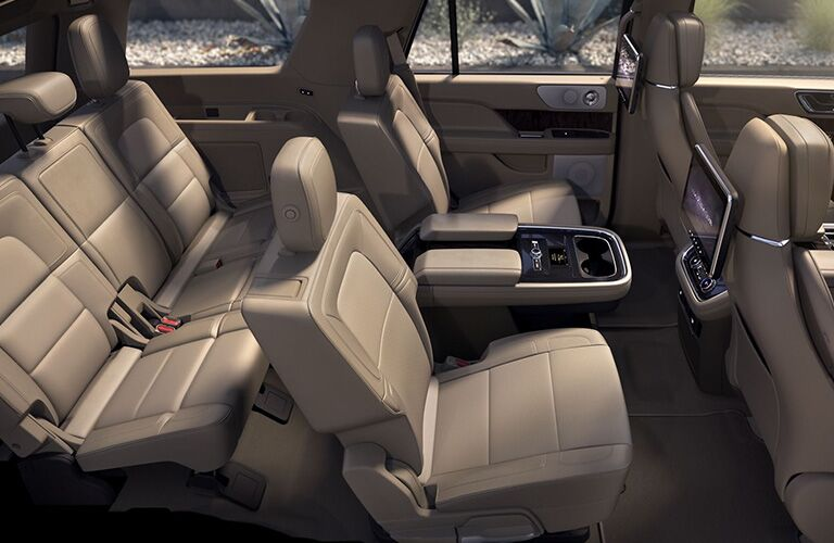 2019 Lincoln Navigator interior seating