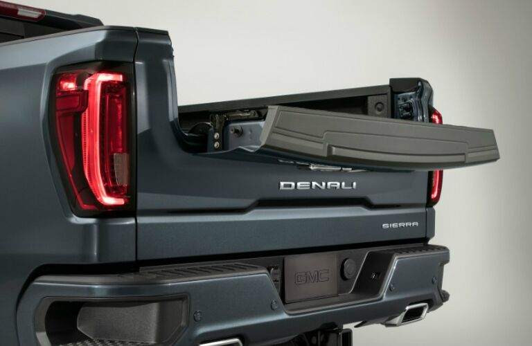 2019 GMC Sierra truck bed latch