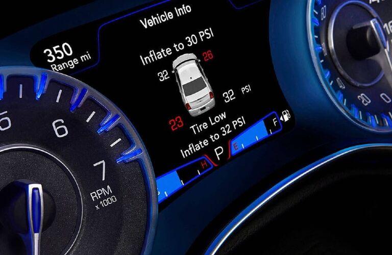 2020 Chrysler 300 controls