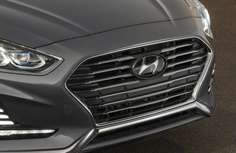 close up of a Hyundai grille and logo