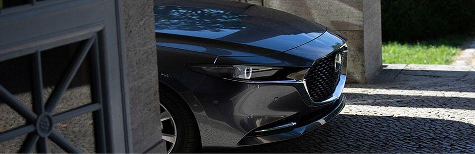 2019 Mazda3 pulling through blind alleyway