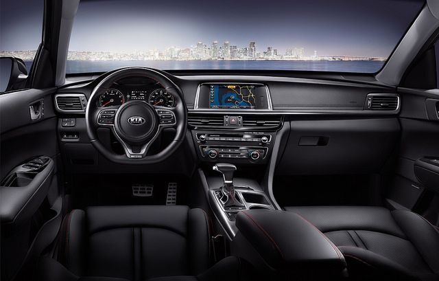 2018 Kia Optima Interior| Bert Ogden Mission Kia