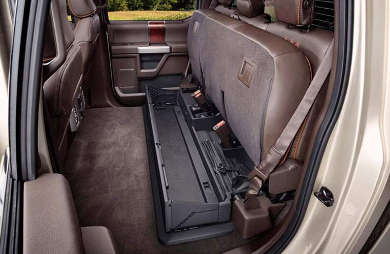 2017 ford f-250 super duty storage space