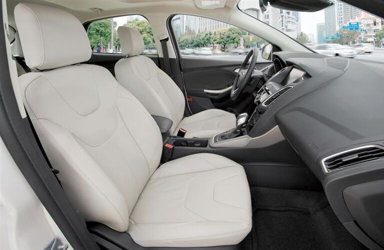 2019 Ford Focus front seats