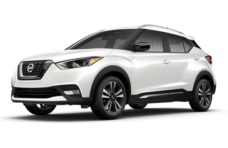 front of the 2018 Nissan Kicks SR on a white background