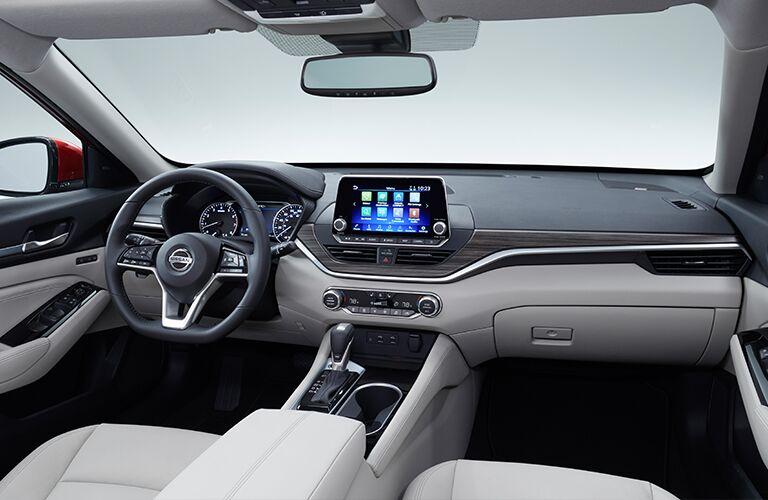 interior dashboard of the 2019 Nissan Altima
