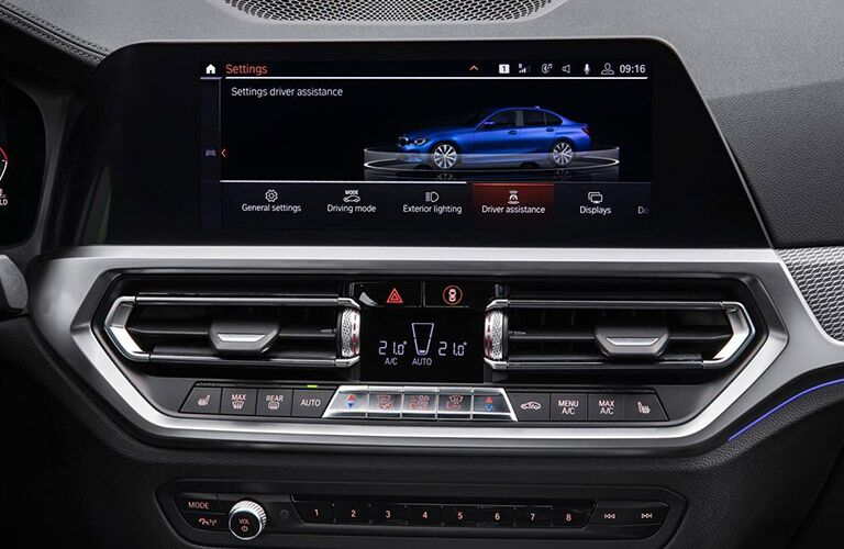 2019 BMW 3 Series touchscreen settings display