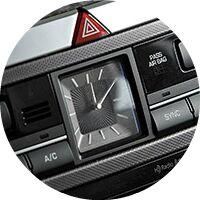 2016 Hyundai Genesis dashboard clock