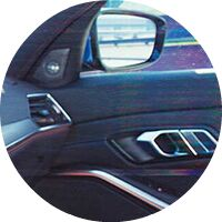 2019 BMW 3 Series interior door and side mirror