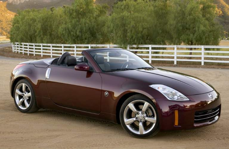 2008 Nissan 350Z Convertible exterior front passenger side