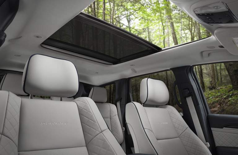 2017 jeep grand cherokee panoramic sunroof