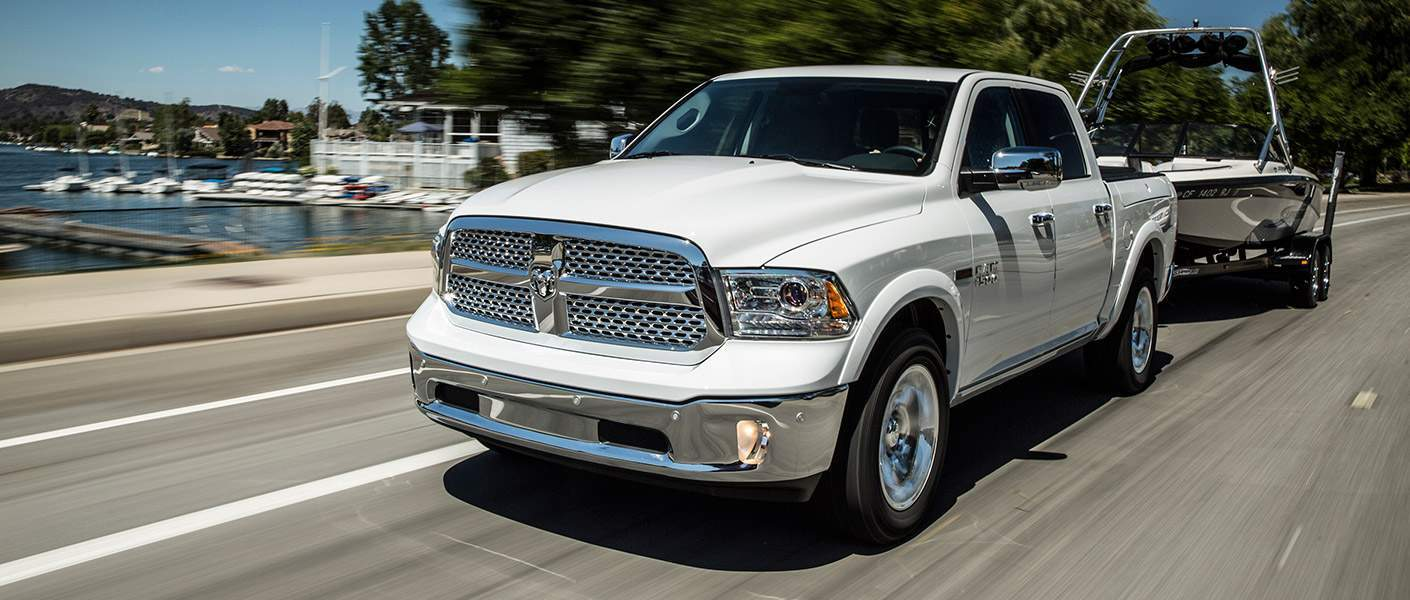 2017 ram 1500 go auto express white towing capacity