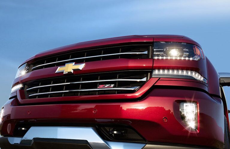 Grille of Red 2018 Chevrolet Silverado