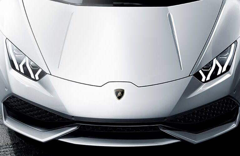 Lamborghini Huracan Coupe white hood