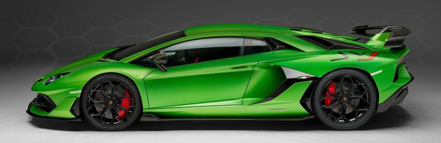 Lamborghini Aventador SVJ green side view