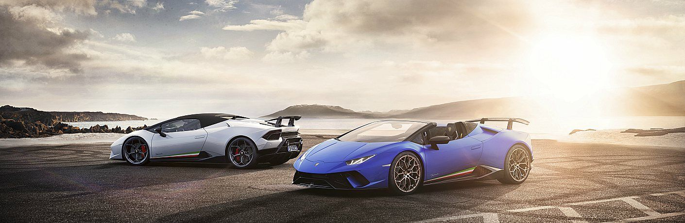 Lamborghini Huracan Performante Spyder white and blue side by side