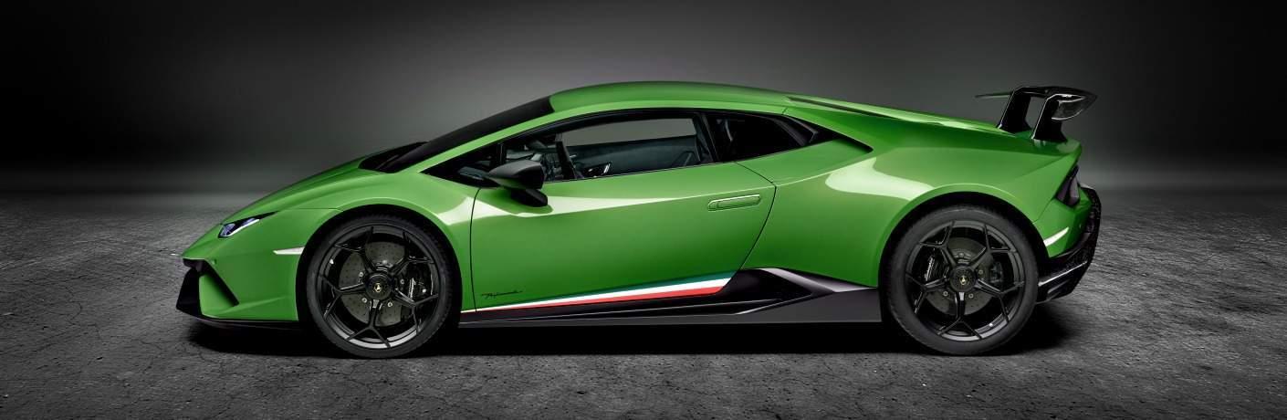 Lamborghini Huracan Performante green side view