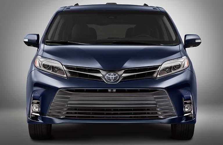 Purple 2018 Toyota Sienna Front Exterior