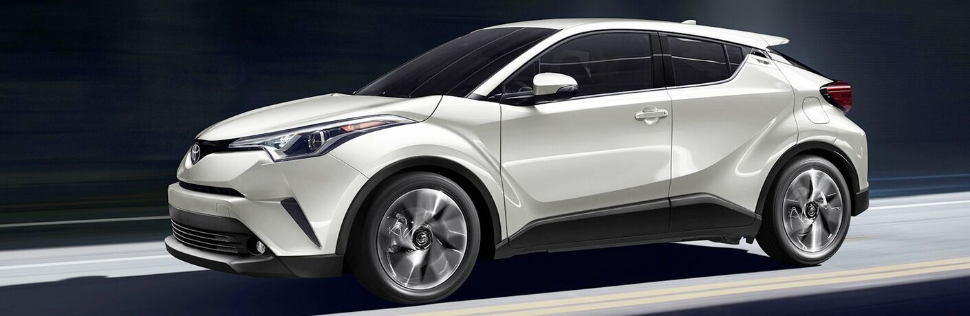 full view of white 2019 chr