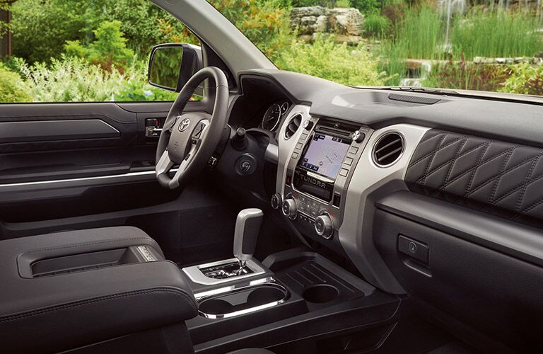 front seat of 2019 tundra