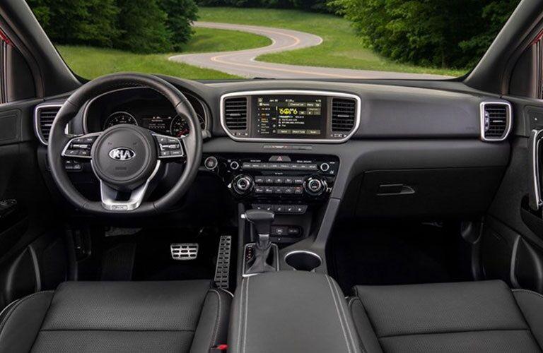 Cockpit view in the 2020 Kia Sportage