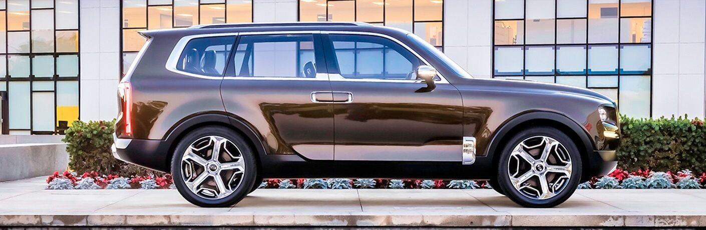 Side view of a bronze 2020 Kia Telluride