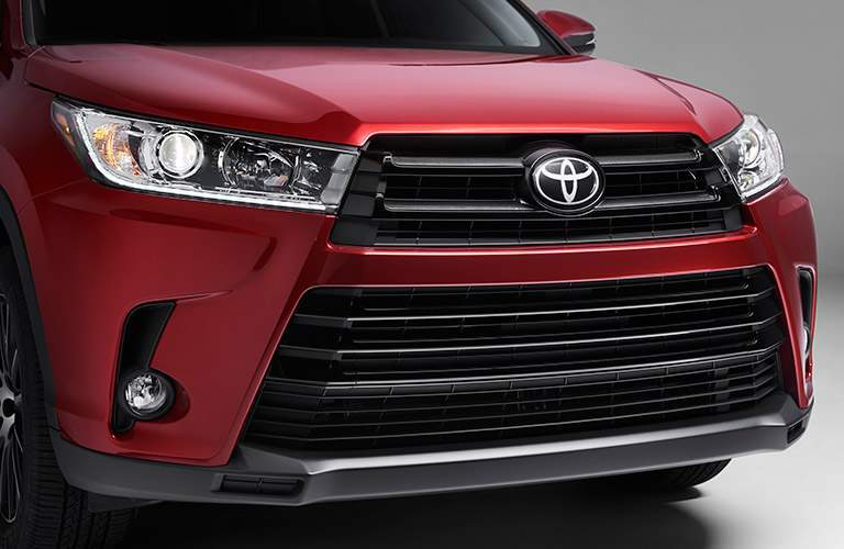 Isolated view of Toyota Highlander grille and headlights