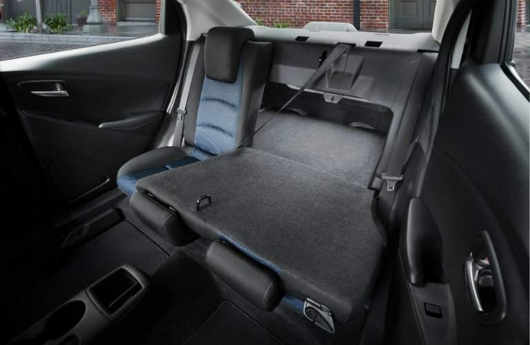 2017 Toyota Yaris iA interior features and storage capacity