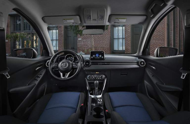 2017 Toyota Yaris iA tech features and safety