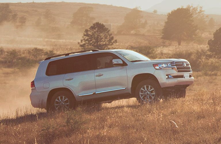 side view of the 2020 Toyota Land Cruiser