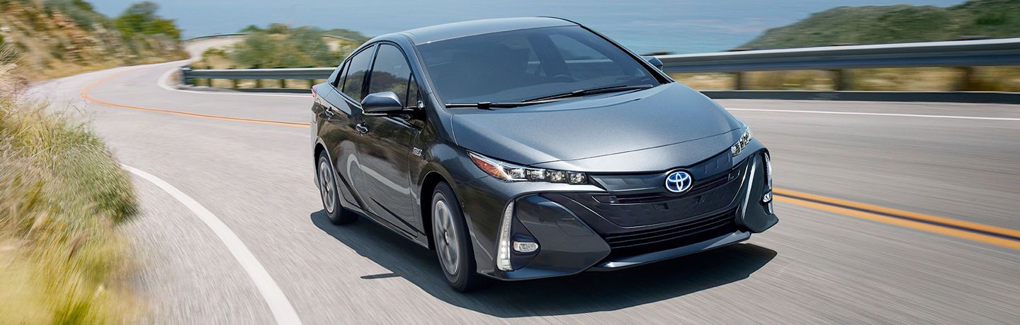 2018 prius prime full view driving