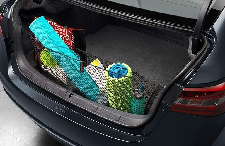 spacious trunk of the 2018 Toyota Avalon