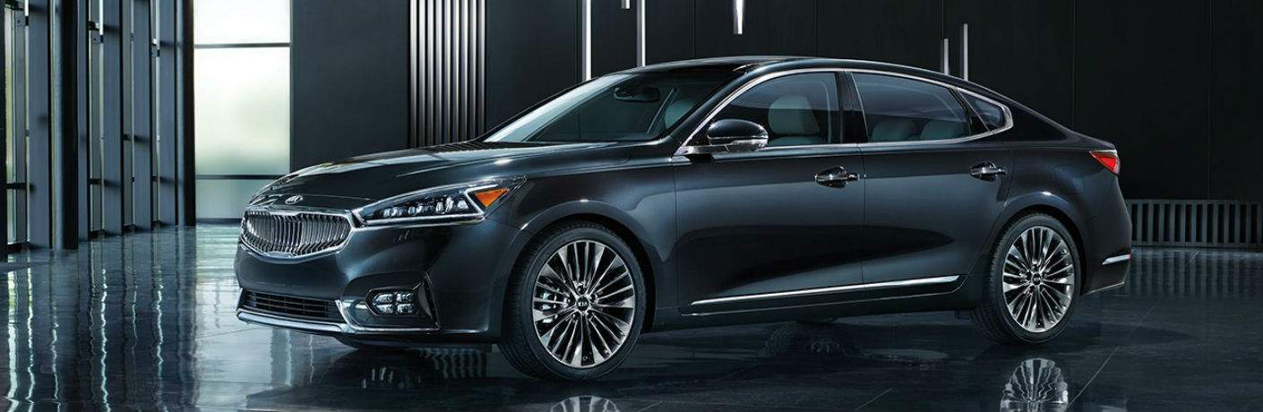 2018 kia cadenza platinum graphite full view