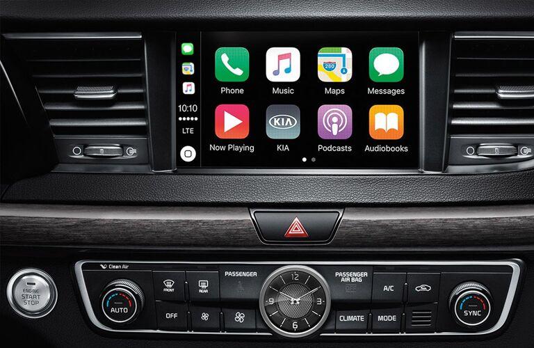 touch screen in a 2019 Kia Cadenza