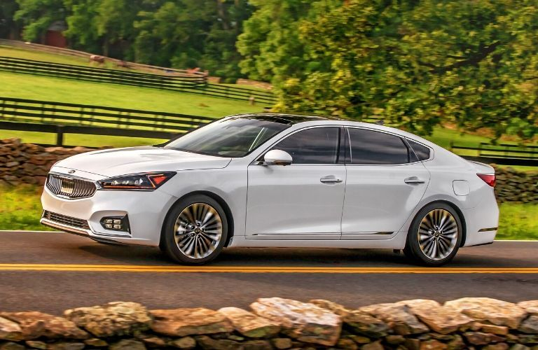 2019 Kia Cadenza on a country road