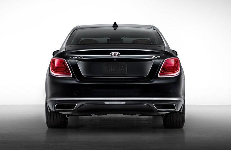 Black 2020 Kia K900 Rear Exterior