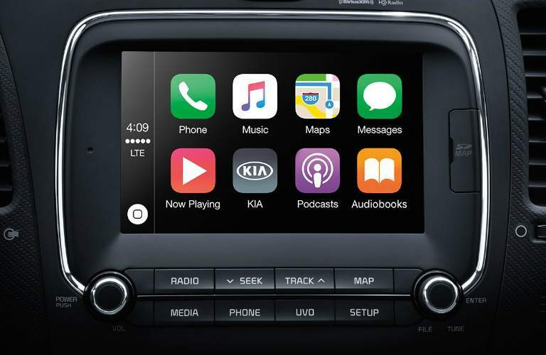 Apple CarPlay in the 2018 Kia Forte