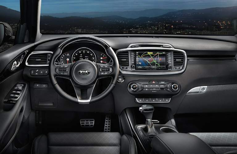 steering wheel and infotainment system in the 2018 Kia Sorento