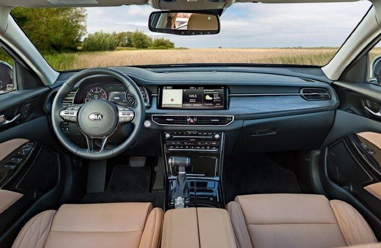 2020 Kia Cadenza dashbaord and front seats